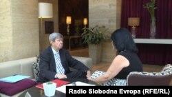 Eduard Kukan u razgovoru sa novinarkom RSE Brankom Trivić, Beograd, 9. juli 2016.