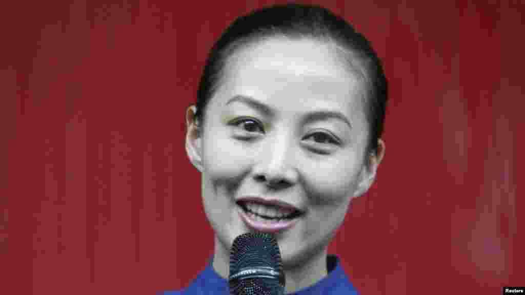 11 июня в космос полетела вторая женщина-космонавт из Китая. Ей стала 33-летняяВан Япин, в рамках своего полета она намерена дать уроки китайским школьникам из космоса.