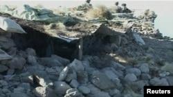 Разрушенный пост пакистанской армии после атаки НАТО на пакистано-афганской границе, 30 ноября 2011