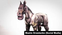 Скульптура главы российского МИДа работы украинского художника Максима Дрозденко