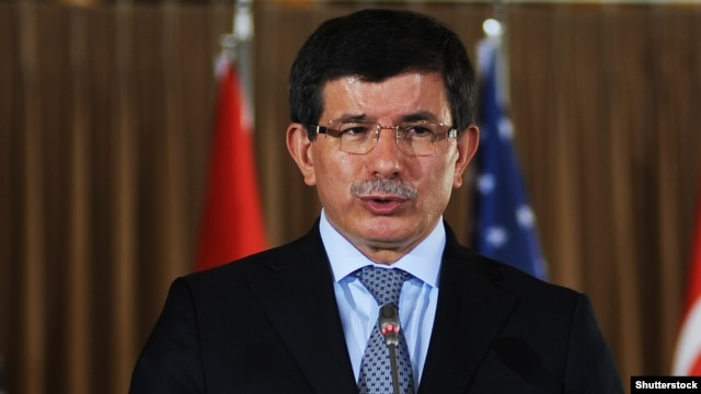 Turkish Prime Minister Ahmet Davutoglu (file photo)