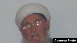 """Абдулҳаким қори (фотосурат """"Ислом Нури"""" веб саҳифасидан олинди)"""