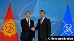 Встреча президента КР и генерального секретаря НАТО