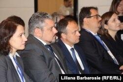 Participanți la Forum, (de la stânga la dreapta) Ana Mihailov - Fundația Fiedrich Ebert, ministrul de externe Andrei Galbur, Andian Candu, Peter Michalko