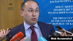 Дәурен Абаев, Қазақстан ақпарат және коммуникациялар министрі.