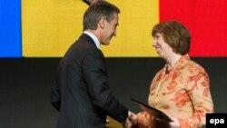 Прем'єр-міністр Молдови Юріє Лянке і верховний представник ЄС із закордонних справ Катрін Аштон, Вільнюс, 29 листопада 2013 року