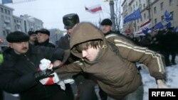 При задержании многие демонстранты были сильно избиты