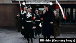 Историческое фото, «раскрашенное» Ольгой Ширниной, которая работает под псевдонимом Klimbim.