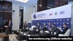 La panelul dedicat reglementării transnistrene