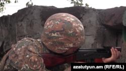 Հայ զինվորը մարտական հերթապահության ժամանակ, արխիվ