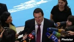 Гагик Царукян отвечает на вопросы журналистов (архив)
