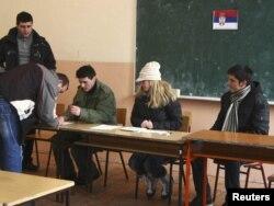 Glasanje na referendumu u severnoj Mitrovici, 14. februar 2012.