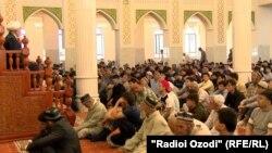 Центральная мечеть в Душанбе