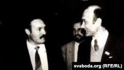 Аляксандар Лукашэнка і Зянон Пазьняк. Вярхоўны Савет 12-га скліканьня. Архіўны здымак.