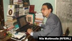 الروائي العراقي المقيم في القاهرة خضير ميري