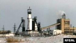 Қарағандыдағы көмір өндіретін шахталардың бірі. (Көрнекі сурет)