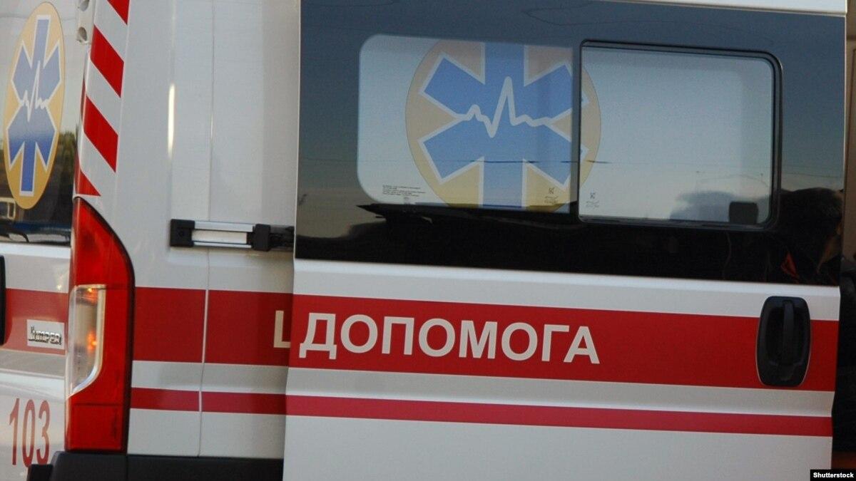 Тернопольщина: 12 учащихся колледжа госпитализировали из-за отравления