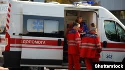 У квітні цього року медичні працівники отримували зарплату, що складає 66,3% від середньої по Україні