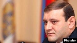 Мэр Еревана Тарон Маркарян (архив)