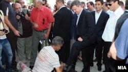 Претседателот Ѓорге Иванов во посета на Старата чаршија.