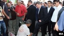 Претседателот Ѓорге Иванов во посета на Старата скопска чаршија.