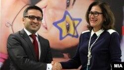 Вицепремиерот за европски прашања Фатмир Бесими и директорот на Директоратот за проширување на Европската комисија Александра Кас Грање.