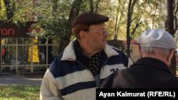 Арыстан Вячеслав, торговец на блошином рынке в Алматы. 27 октября 2019 года.