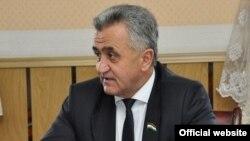 """Акрамшо Фелалиев. Акс аз нашрияи порлумонии """"Садои мардум"""""""