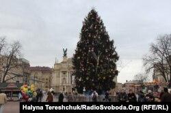 Ялинка у Львові. 24 грудня 2014 року