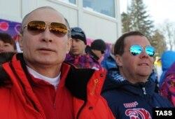 Прежнее мероприятие в Сочи, Олимпиада-2014, Путину и Медведеву пришлось по душе – хотя там тоже не обошлось без проблем