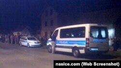 Mještani i policija u Jelisavcu