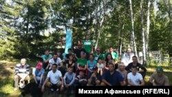 Группа волонтеров. Минино, 2018 г.