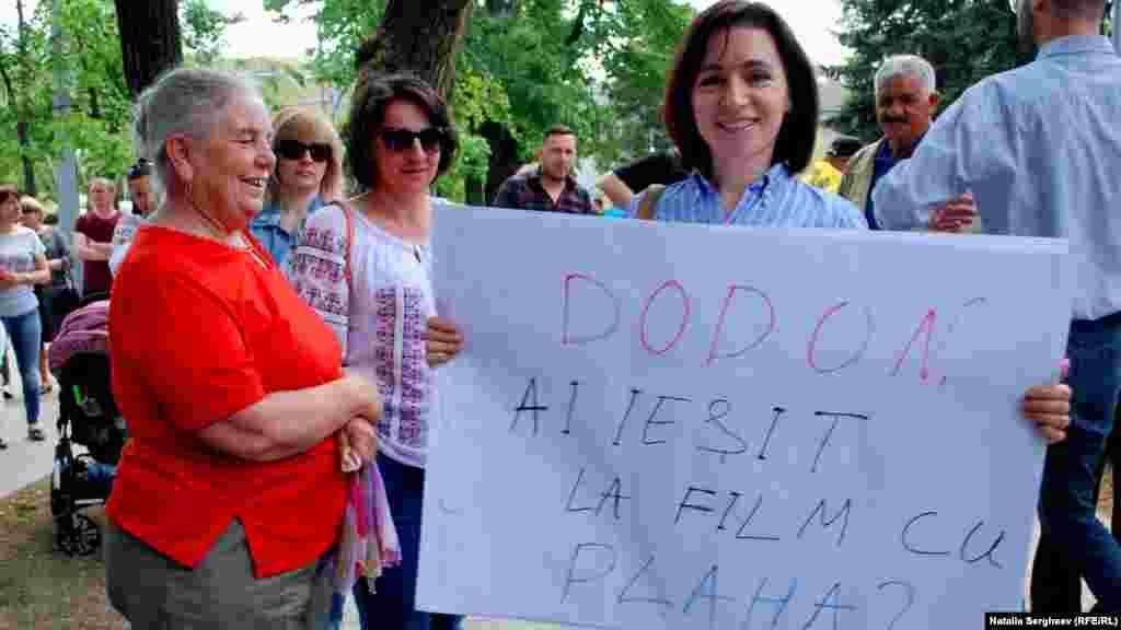 Lidera PAS Maia Sandu a fost și ea la protest.