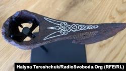 Бойова сокира з тризубом поповнить експозицію Національного музею історії України