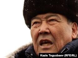 Балташ Турсумбаев, оппозиционный политик.