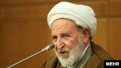 محمد یزدی، رئیس شورای عالی جامعه مدرسین