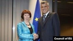 Hashim Thaçi dhe Catherine Ashton, shefe e politikës së jashtme të Bashkimit Evropian
