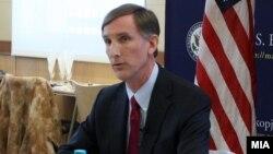 Aмериканскиот амбасадор Пол Волерс