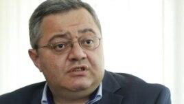 Усупашвили был изрядно раздосадован внезапной атакой европарламентариев