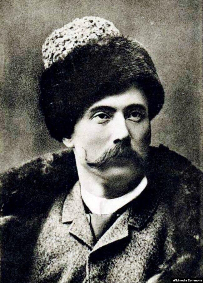 Микола Садовський (1856–1933) – український актор, режисер і громадський діяч. Корифей українського побутового театру