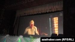 """""""Türkmenistan"""" kinokonsert merkezinde, 7-nji ýanwar."""