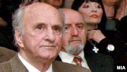 Predsednik Makedonske akademije nauka i umetnosti je Georgi Stardelov