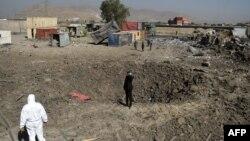 Pamje e sotme pas sulmit të talibanëve me kamion-bombë në një kompleks në Kabul