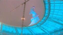 Olimpiýa stadionyndaky atyň boýnundan petle aýryldy