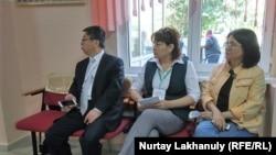 Президент сайлауын бақылап отырған байқаушылар. 9 маусым 2019 жыл.