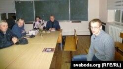 """Зьміцер Дашкевіч прэзэнтуе кнігу """"Чарвяк"""" у Магілёве"""