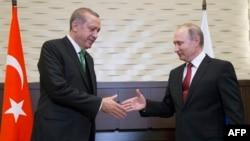 Vladimir Putin i Recep Tayyip Erdogan u Sočiju 3. maj 2017.