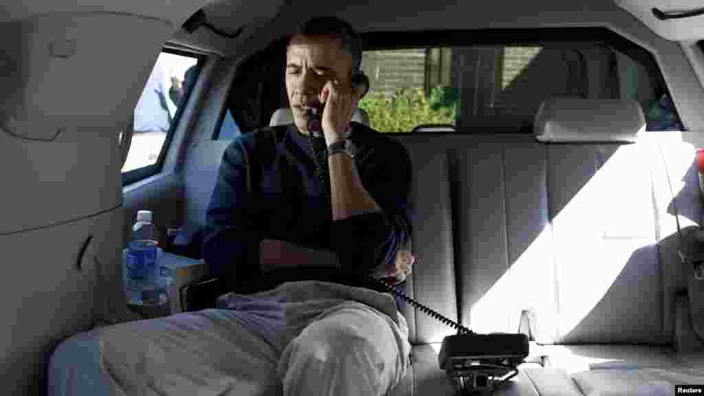 Президент Обама разговаривает с президентом Афганистана после инцидента.