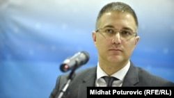 Ministri i Brendshëm i Serbisë, Nebojsha Stefanoviq.