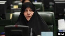 فاطمه رهبر تازه له تهران څخه پارلمان ته انتخاب شوې وه.